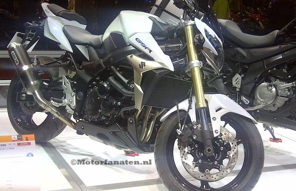 Suzuki, GSR 750